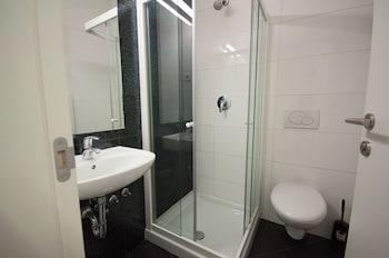Rooms Sincere 1830 - Bathroom  - #0