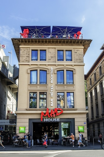 ibis Styles Lausanne Center Mad House, Lausanne