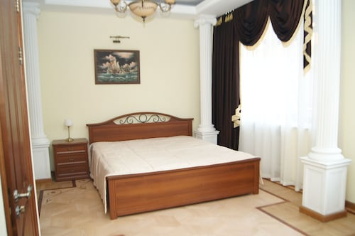 Dynasty Hotel, Novosibirskiy rayon
