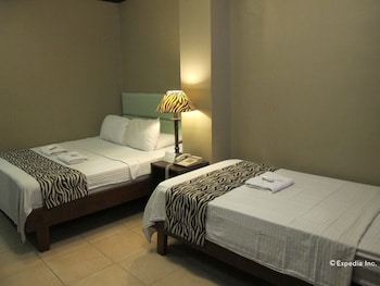 New Era Pension Inn Cebu Guestroom