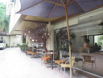 Hotel Palwa Negros Oriental Terrace/Patio
