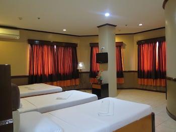 Hotel Palwa Negros Oriental Guestroom