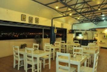 Ace Penzionne Cebu Cafe