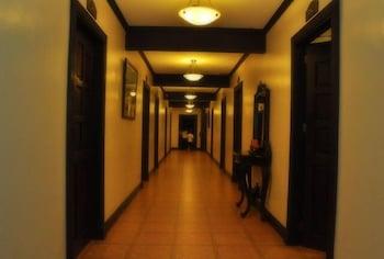 Ace Penzionne Cebu Hallway
