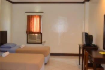 Ace Penzionne Cebu Guestroom