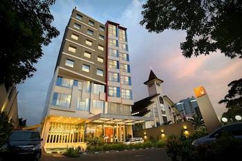Hotel - V Hotel Tebet, Jakarta