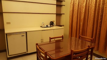 Dumaguete Royal Suite Inn In-Room Dining