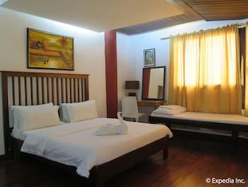 Planet Dive Anilao Guestroom