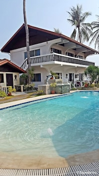 The Coral Beach Club Batangas Outdoor Pool