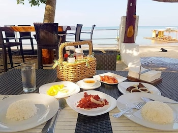 The Coral Beach Club Batangas Breakfast Meal