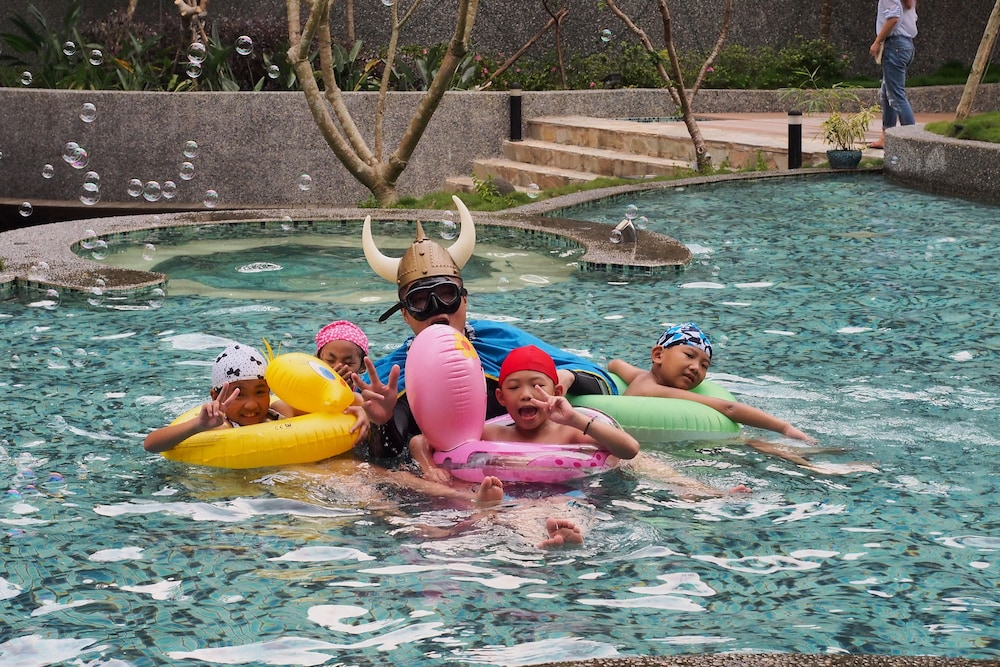 兒童游泳池