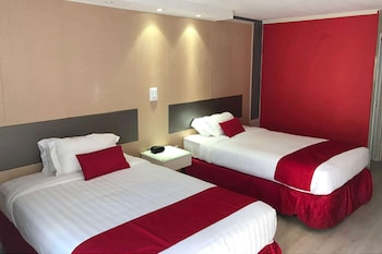 Room, 2 Double Beds, Accessible, Non Smoking (Mobility)