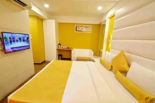 OYO 963 Hotel Rumaya, Ujjain