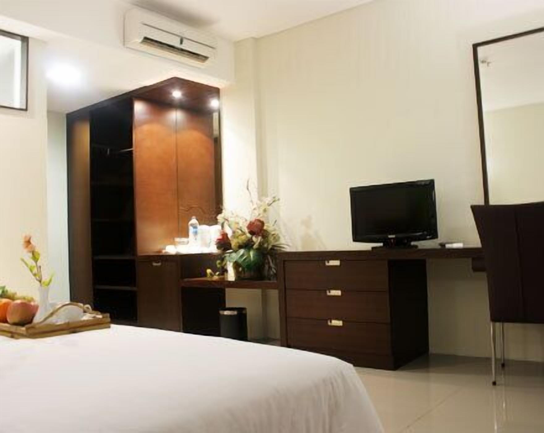 Bamboo Inn Hotel & Cafe, Jakarta Barat