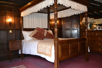 Double Room (Four Poster Bed)
