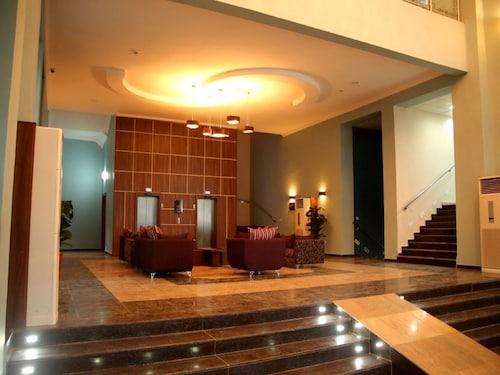 Best Western Plus Elomaz Hotel, Oshimili South