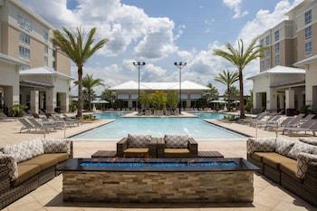 奧蘭多佛朗明哥克羅辛® 市中心西入口春季山丘套房飯店 SpringHill Suites Orlando at FLAMINGO CROSSINGS® Town Center/Western Entrance