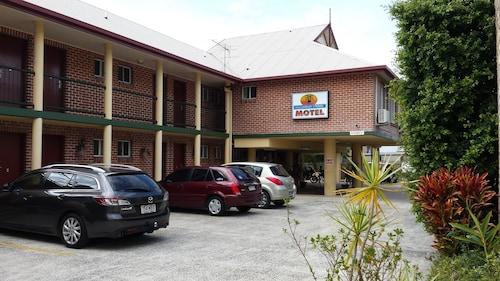 The Mullum Motel, Byron