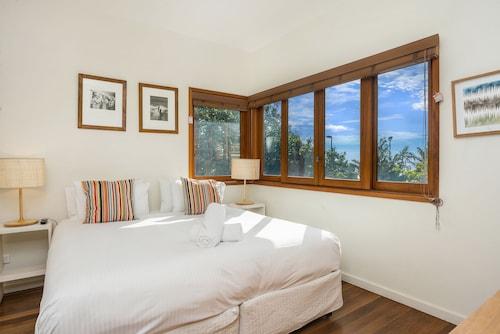 Quiksilver Apartments, Byron