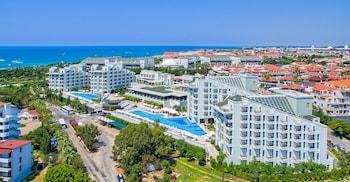 Royal Atlantis Spa & Resort - ..