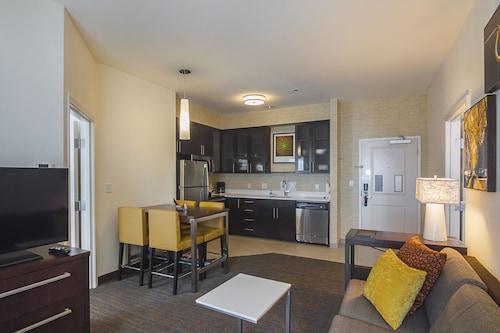 . Residence Inn by Marriott Denton