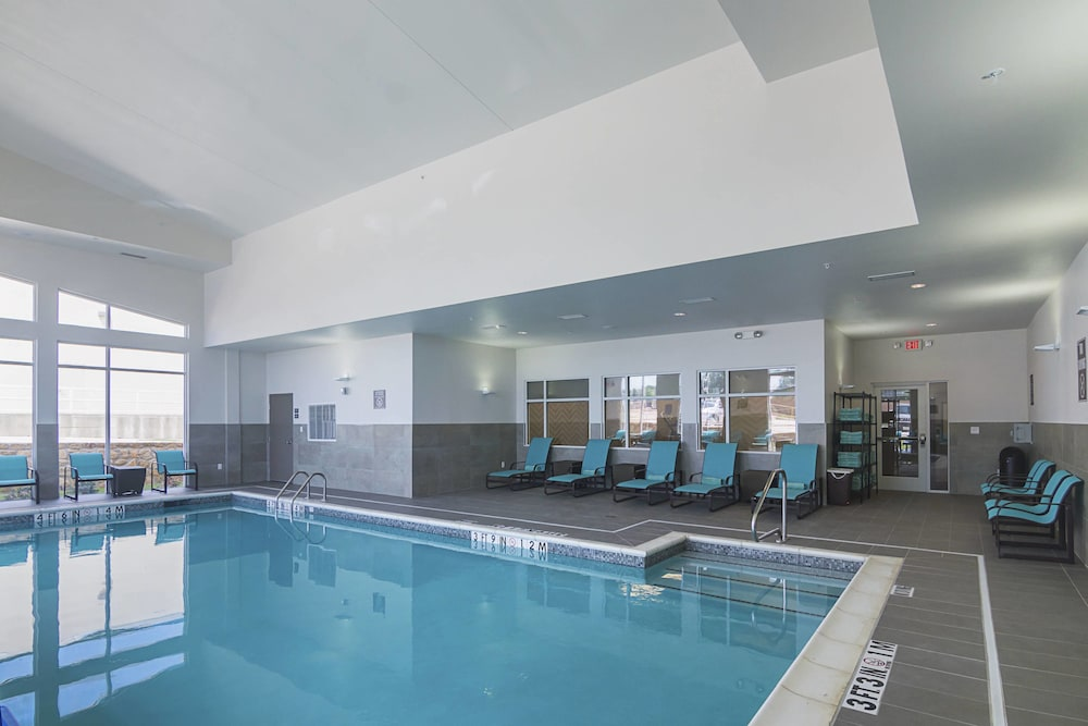Pool 1 of 19