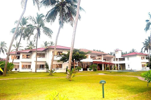 . Sanmali Beach Hotel
