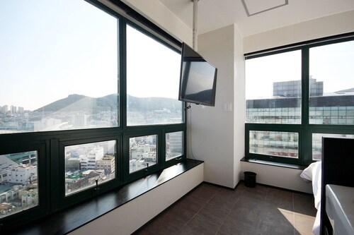 Mini Hotel May Nampo, Jung