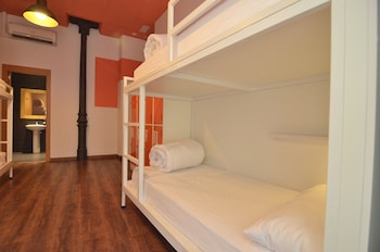 Shared Dormitory, Women only, Shared Bathroom (1 bed in room for 3 people)