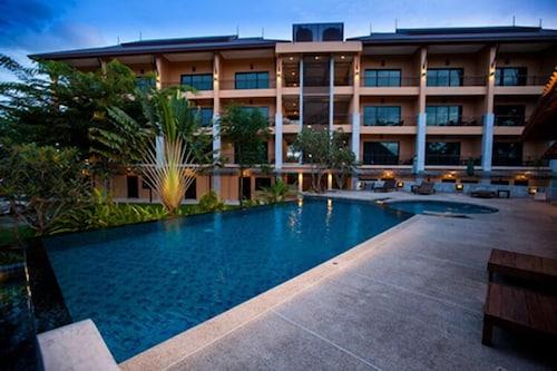 . Chalicha Resort