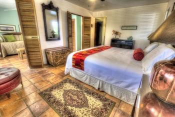 Romantic Suite, 1 Bedroom, Private Bathroom (Two-Room Suite)