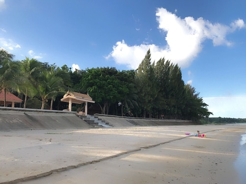 . Buadara Resort
