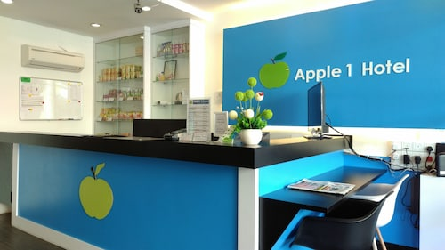 Apple 1 Hotel Budget, Barat Daya