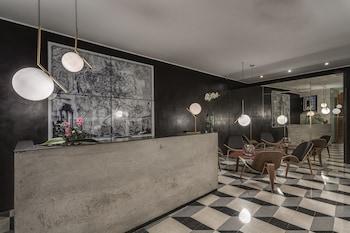 Hotel - Navona Theatre Hotel