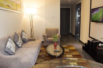 Belmont Hotel Manila Living Area