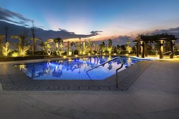 Belmont Hotel Manila Rooftop Pool