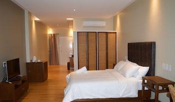 Kingsley's Hotel And Gastro Pub Pampanga Guestroom