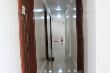 Residenz Guesthouse Cebu Hallway