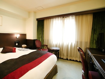 KOBE TOR ROAD HOTEL SANRAKU Room