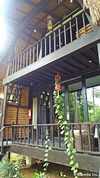 Love And Peace Deep Jungle And River Resort Palawan Exterior