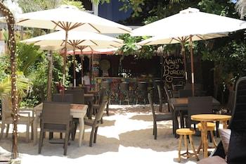 Kaiyana Boracay Beach Resort Hotel Bar