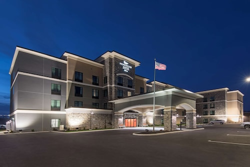 . Homewood Suites by Hilton Cleveland / Sheffield