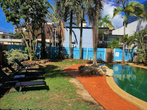 Reef Backpackers, Cairns  - City