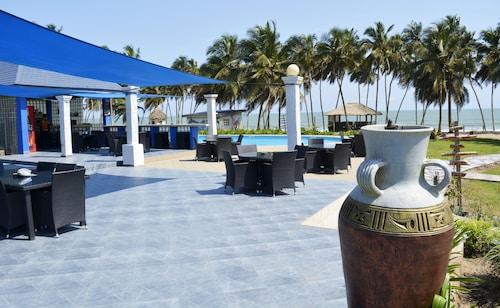 Blue Diamond Beach Resort, Gomoa