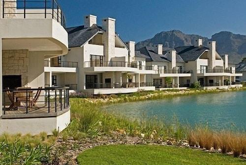 Pearl Golf Lodges, Cape Winelands