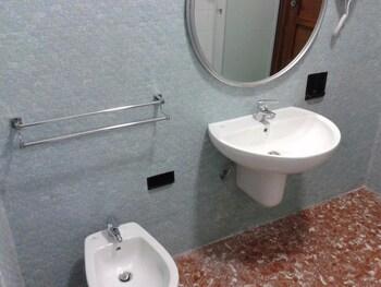 Affittacamere Passarelli 9 - Bathroom  - #0