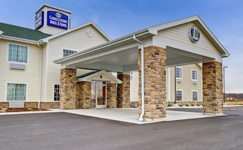 Cobblestone Hotel and Suites - Pulaski