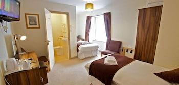 Standard Twin Room (Room 1)