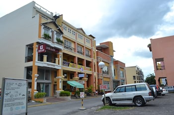 F2M Tower Legazpi Parking