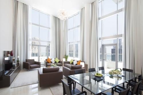 La Verda Suites & Villas Dubai Marina,